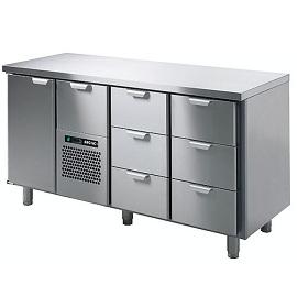 4 Refrigerators tables